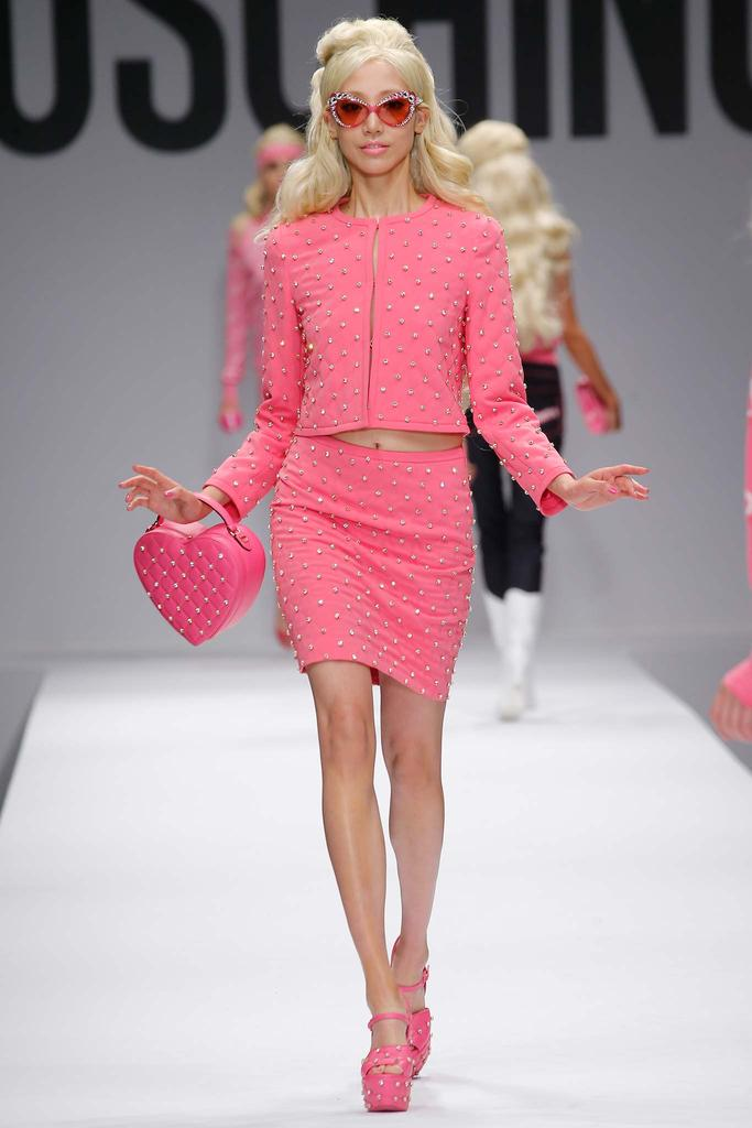 COLLECTION: MOSCHINO GOES BARBIE