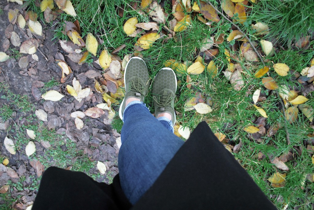 FANCY FALL COLORS & SASSY SNEAKERS