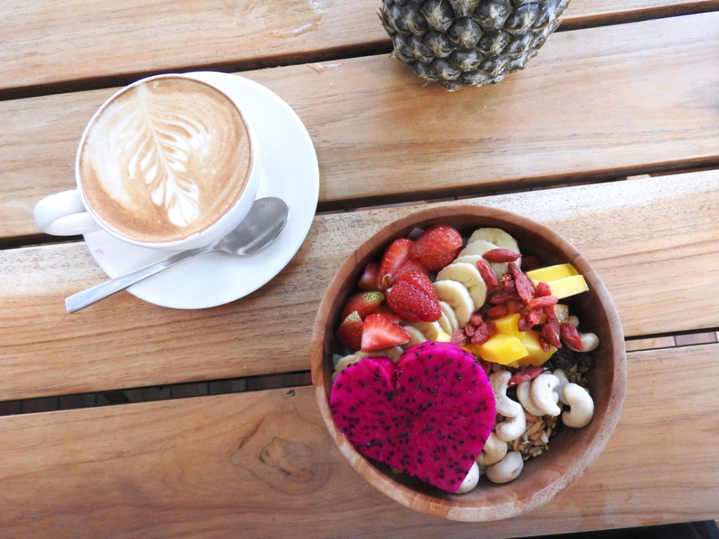 Best Bali breakfast - Nalu BowlsBest Bali breakfast - Cafe Organic